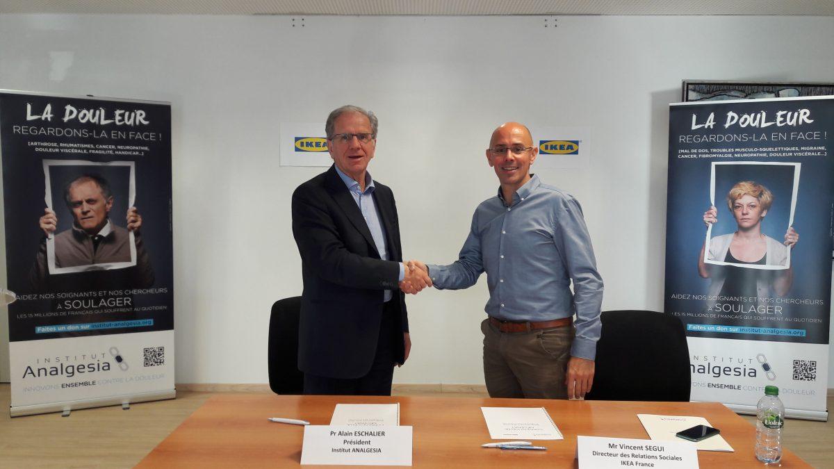 Signature-de-la-convention-IKEA-France ANALGESIA